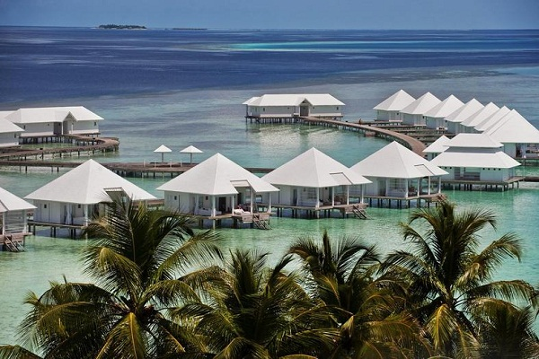 Diamonds Thudufushi Beach and Water Villas All Inclusive